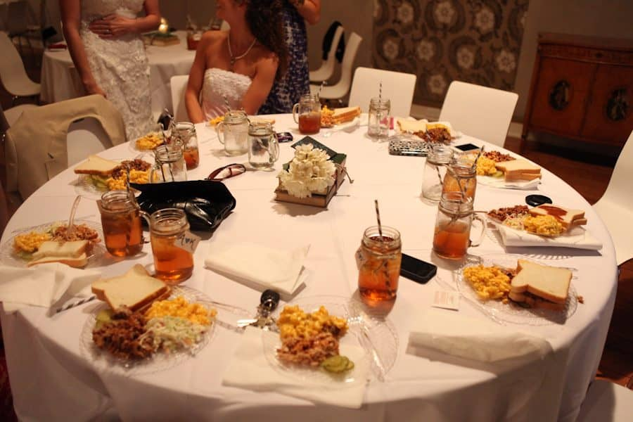 11 Chargers That Transformed Place Settings Inside Weddings Intended For Clear Plates Wedding Reception Plastic