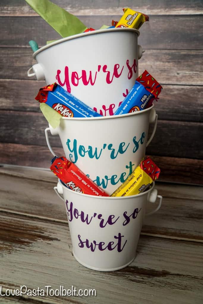 "Add a little sweetness to your party with these ""You're So Sweet"" Party Favors. These are a perfect party favor that you can customize for your party theme. A simple DIY craft using your Silhouette and some delicious candy. #ad #letsbirthday"