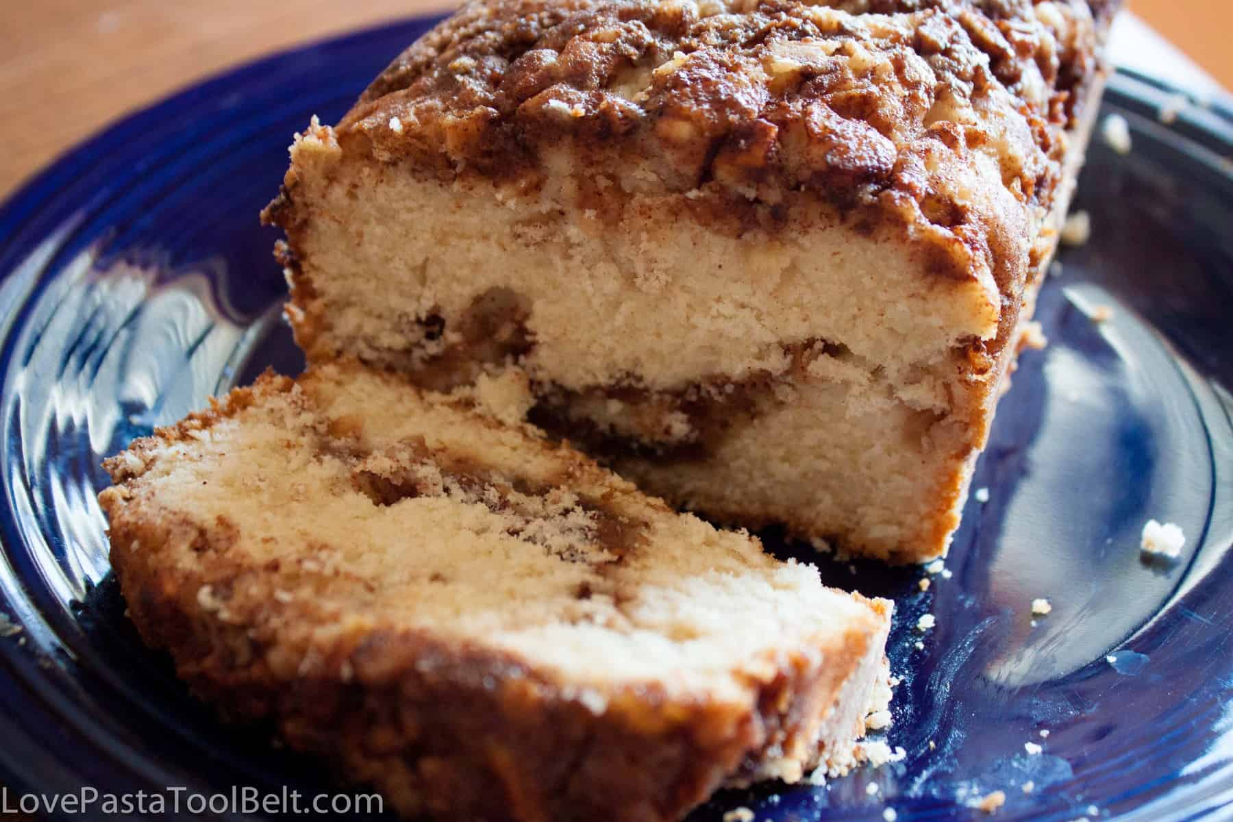 Apple Cinnamon Bread- Love, Pasta and a Tool Belt | apples | bread | desserts | breakfast | recipes |