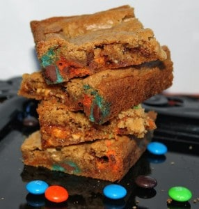 Chewy M&M's and Snickers Blondies