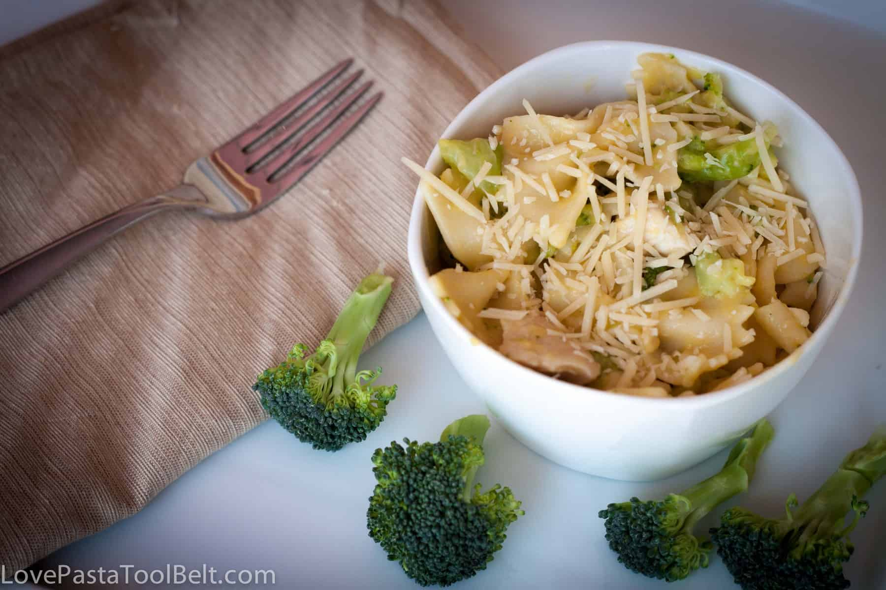 Play. Party. Pin.: Chicken and Broccoli Pasta from Love ...