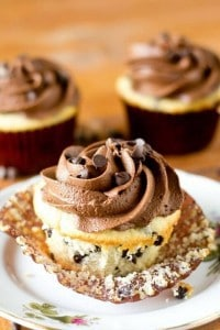Chocolate-Chip-Cupcakes-From-Scratch-Recipe-2