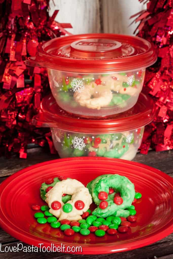 Make some holiday memories with these simple Christmas Wreath Cookies!- Love, Pasta and a Tool Belt #BakingInTheMemories #ad