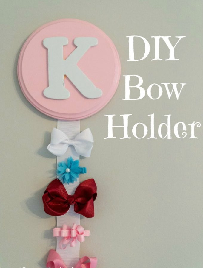 Create a cute and functional way to display your little girl's bows with this DIY Bow Holder from Love, Pasta and a Tool Belt