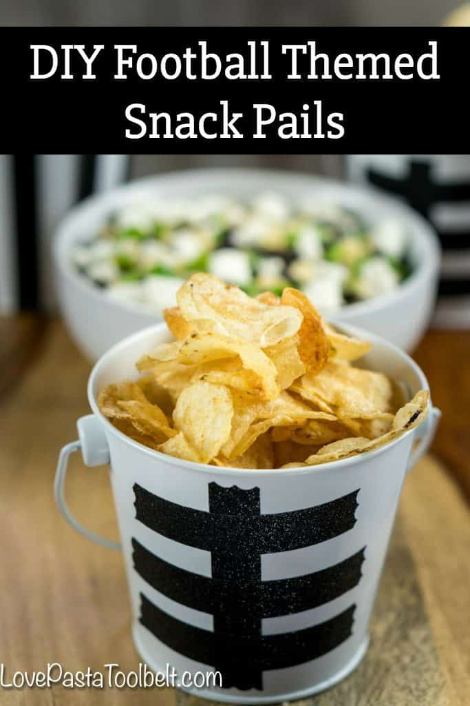 Football season is in full gear and hosting can be stressful. Take some of the stress out with this simple Black Bean Salsa and cute Football Themed Snack Pails for your next party! #ad #TheNewFanFavorites