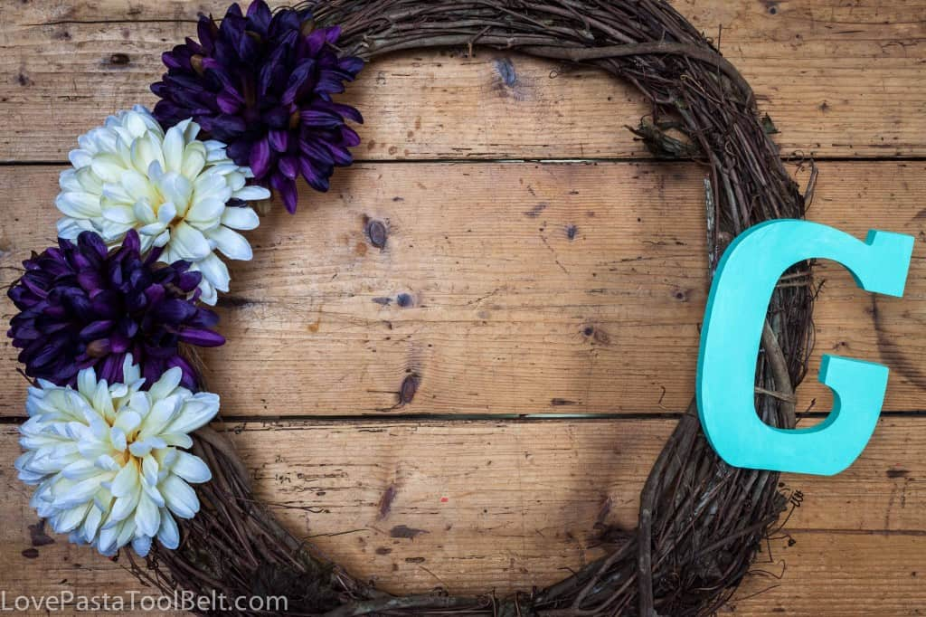 DIY Initial Wreath- Love, Pasta and a Tool Belt
