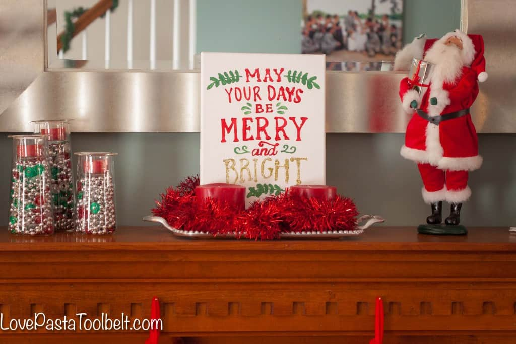 Add some cheer to your home with this DIY Merry and Bright Canvas!- Love, Pasta and a Tool Belt | DIY | Silhouette | Craft Ideas | Crafts | DIY idea | Christmas Decor |