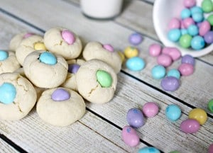 Easter-MMs-Thumbprint-Cookies-Recipe-1