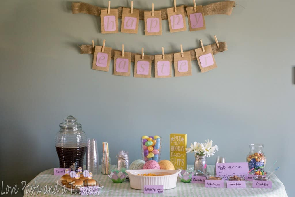 DIY Burlap Easter Banner- Love, Pasta and a Tool Belt | DIY | Easter | Banner |Burlap| Crafts | Burlap Crafts |