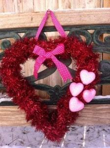 Easy Valentine's Wreath