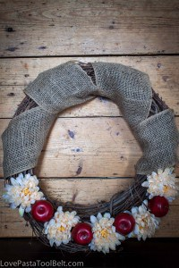 Fall Apple Wreath-1
