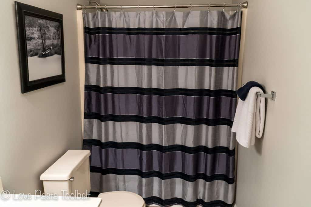 You don't need big bucks to change a room, small changes can make such a huge difference. Check out our tips for How to Update Your Guest Bathroom on a Budget
