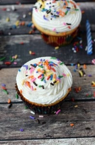 Homemade-Funfetti-Cupcakes-with-Perfect-Buttercream-cookingwithcurls.com_