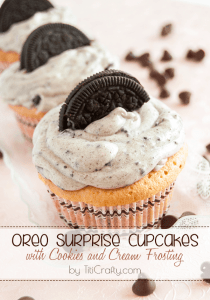 Oreo-Surprise-Cupcakes-Cookies-Cream-Frosting-Recipe