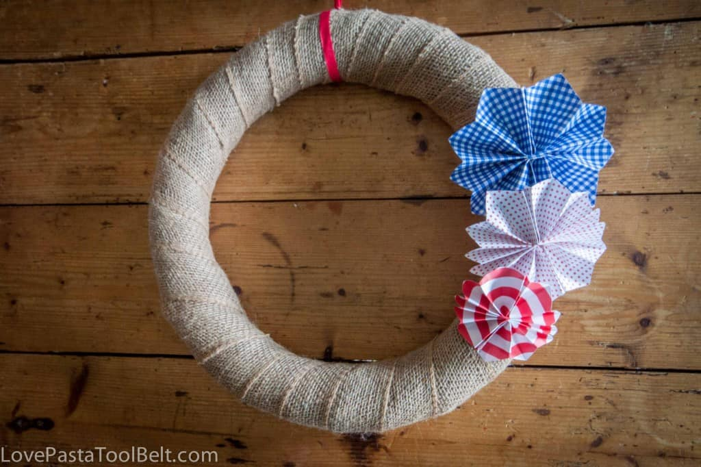 Paper Fireworks Wreath- Love, Pasta and a Tool Belt