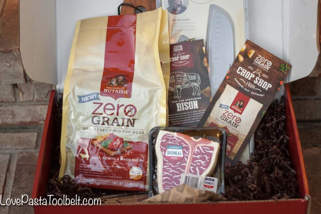 Today we're talking about Feeding a Picky Dog with Rachael Ray Nutrish: Zero Grain Dog Food- Love, Pasta and a Tool Belt | dog ideas | dog tips | dog food | #NutrishZeroGrain #sponsored