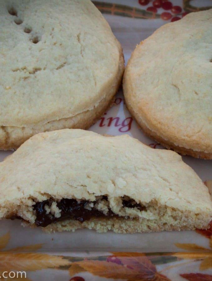 Grandma's Raisin Filled Cookies