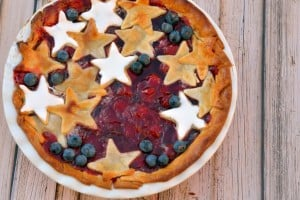 Red-White-and-Blue-Cherry-Pie-Recipe-1024x682