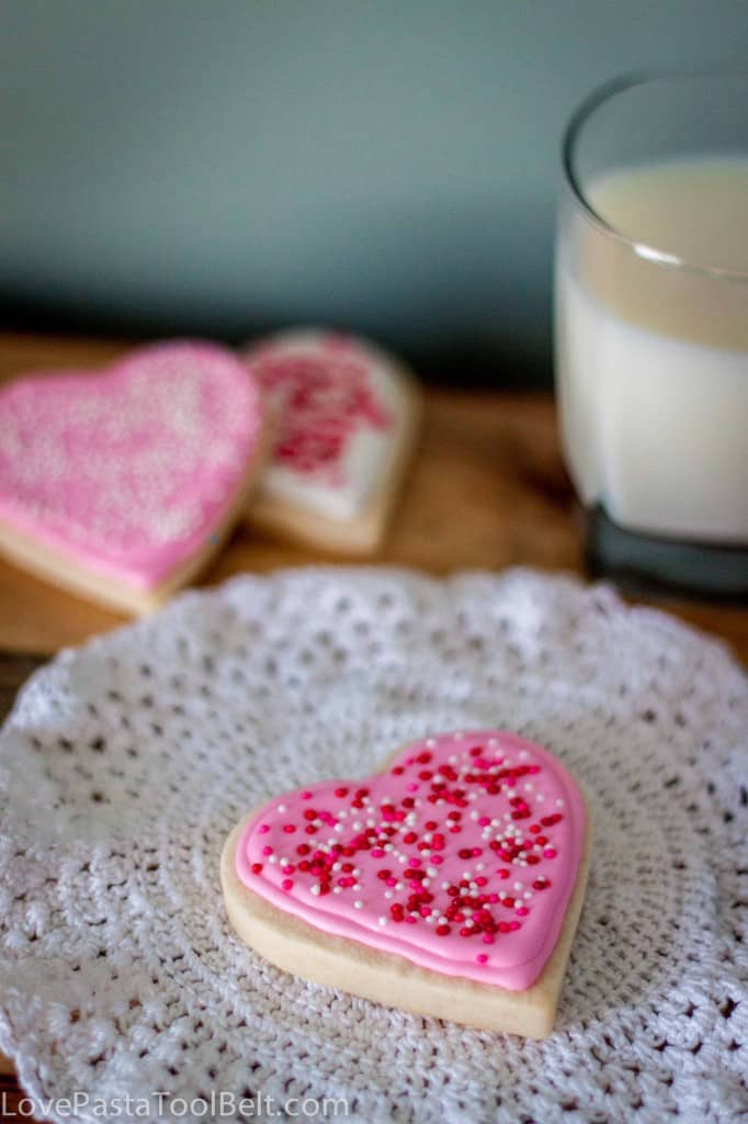 Royal Icing Valentines Cookies-7
