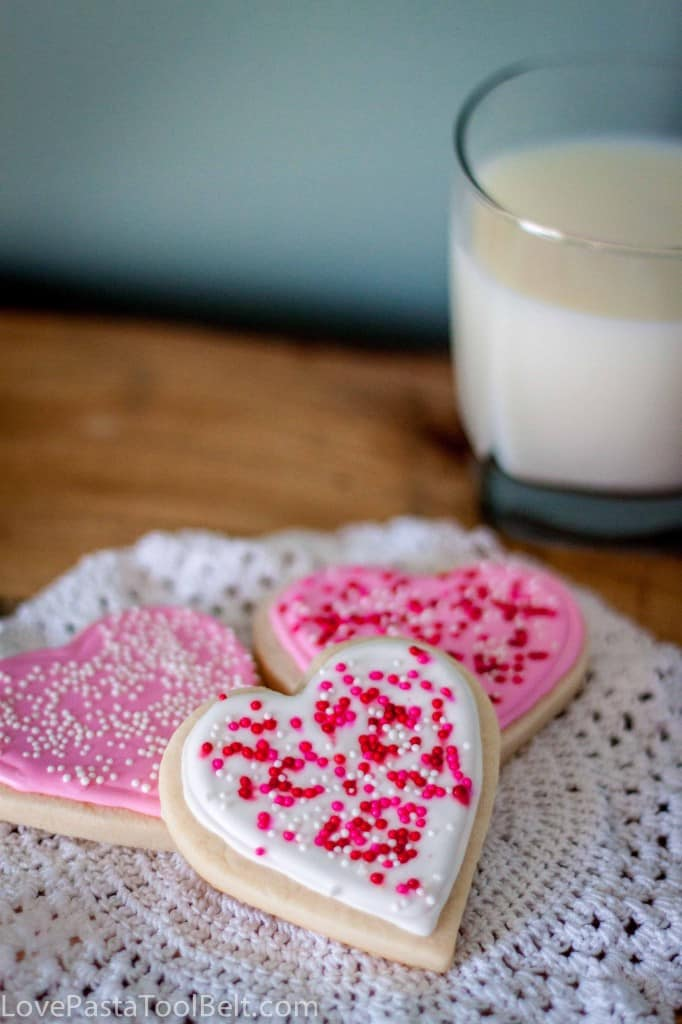 Royal Icing Valentines Cookies-8