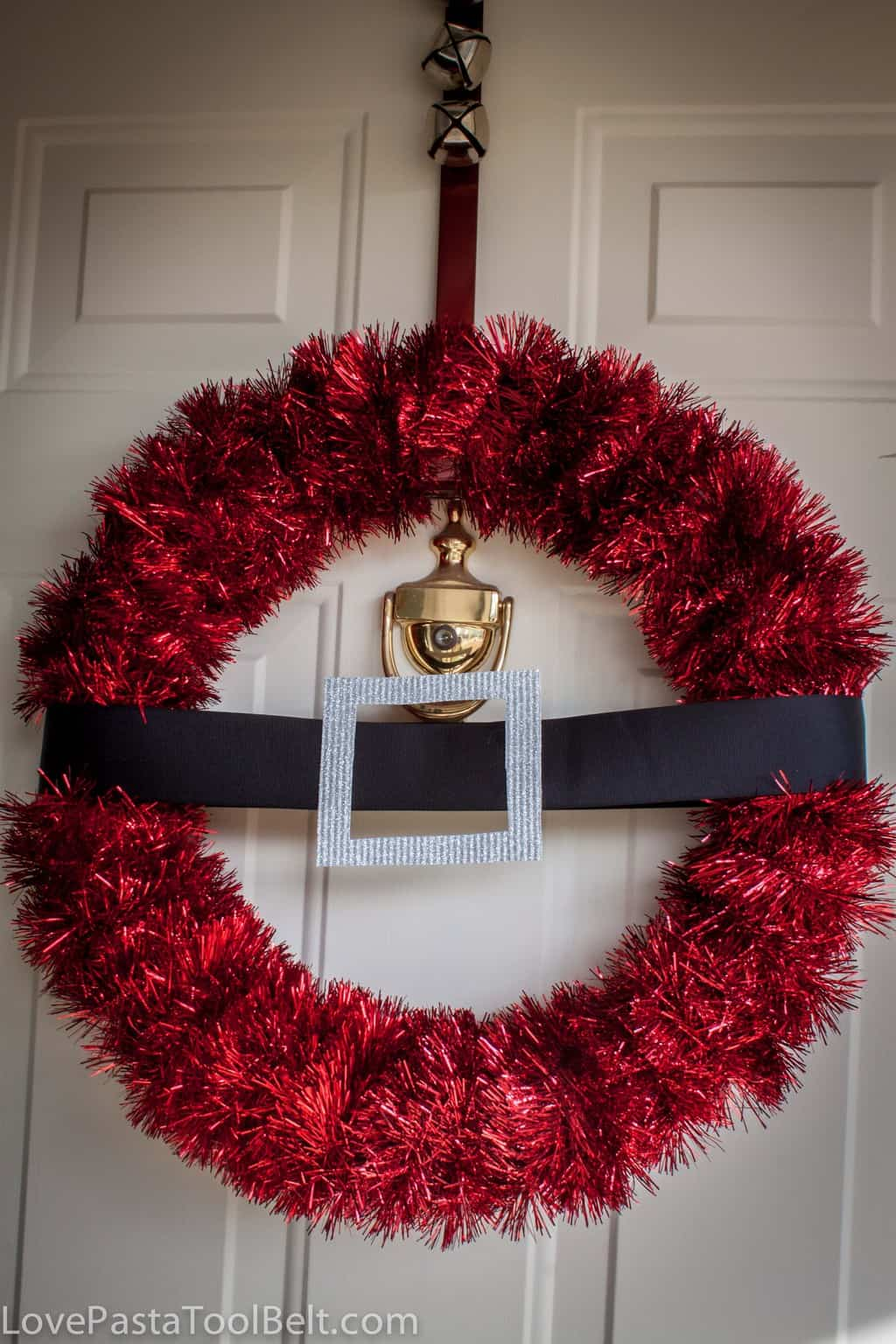 Christmas Wreath Ideas Diy Santa Wreath Love Pasta And A Tool Belt