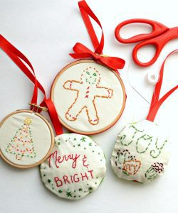 simple-embroderied-ornaments