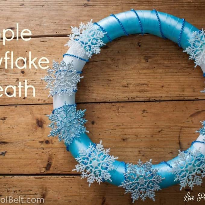 Simple Snowflake Wreath