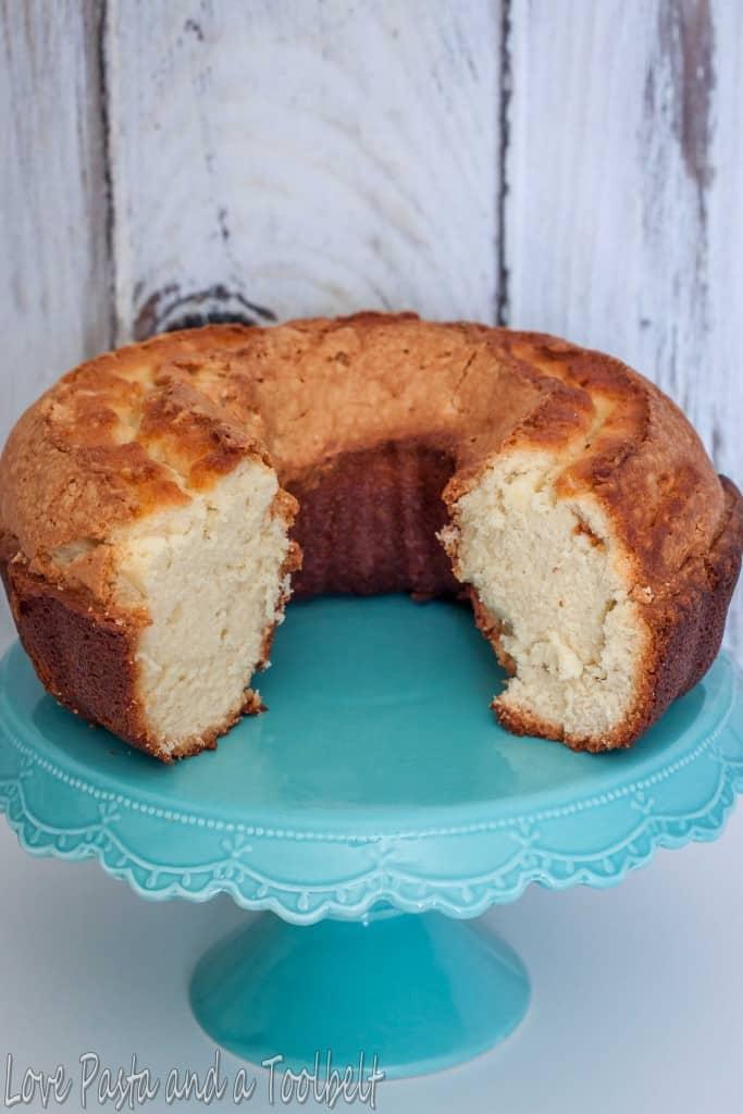 Sour Cream Pound Cake- Love, Pasta and a Tool Belt | sour cream pound cake | pound cake | cake | desserts | recipes |