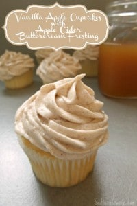apple-cupcakes-with-apple-cider-buttercream-frosting