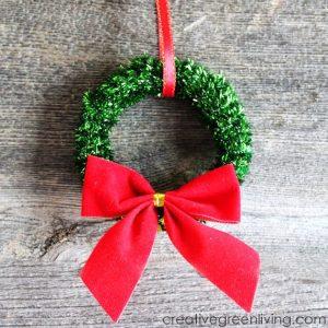 mini-christmas-wreath-ornaments