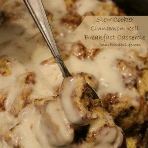 slow-cooker-cinnamon-roll-breakfast-casserole-square