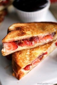 strawberry-rhubarb-grilled-cheese-4-compressor